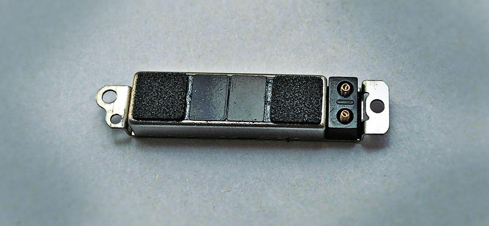 Оригинальный вибромотор iphone