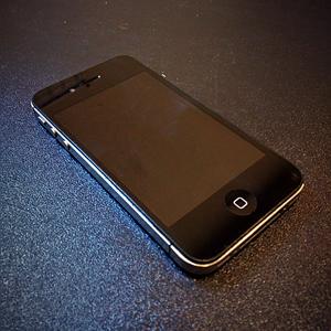 Визуальный осмотр бу iPhone при покупке